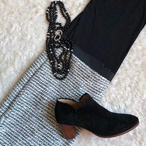 Loft black and white twill pencil skirt
